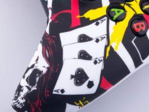 Cover per controller Xbox One YoRHa a tema poker 1